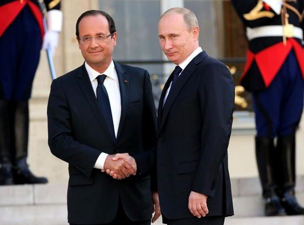 Hollande dialoga con Rusia sobre avances de plan de paz con Ucrania